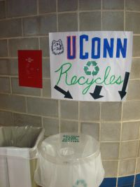 Uconn Recycles Sign and Bin